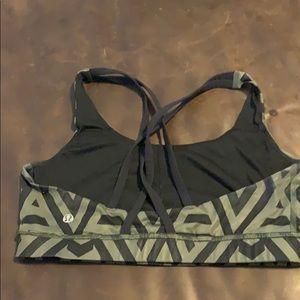 lululemon athletica Intimates & Sleepwear - Lululemon energy bra sz 8